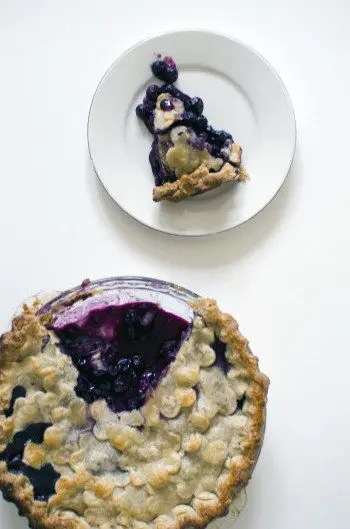 Three_Generation_Blueberry_Pie