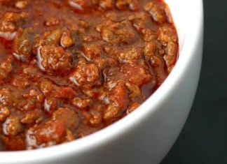 Recipe for Go Hot or Go Home Beef Chili - Meaty, rich, and with the right amount of heat. This chili recipe will be one of (if not THE) best you have ever tried!