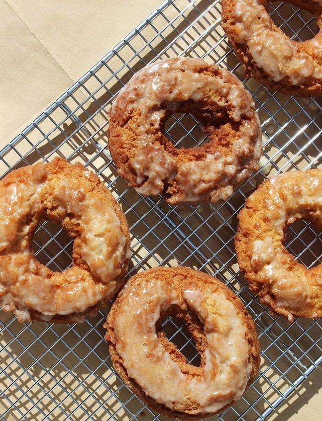 glazed_apple_cider_doughnuts