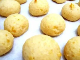 Recipe for Ridiculously Easy Brazilian Cheese Bread - These little baked cheese balls are a popular snack food in Brazil. This easy recipe has only three ingredients. It doesn't get any easier than that, and in minutes you'll have a tasty treat that everyone will love!