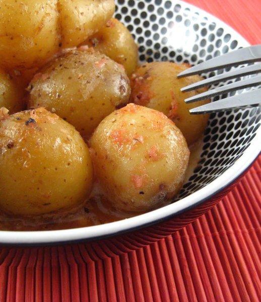 Baby Potatoes with Horseradish Sauce