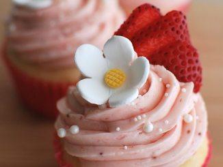 Recipe for Strawberry Shortcake Cupcakes