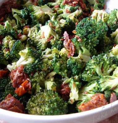 Recipe for Broccoli Salad with Crisp Bacon Bits