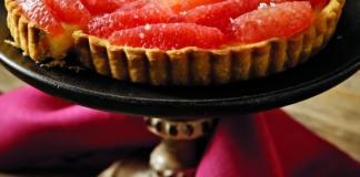 Recipe for Grapefruit Tart with Cardamom Cream