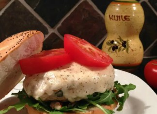 Recipe for Caprese Chicken Burgers