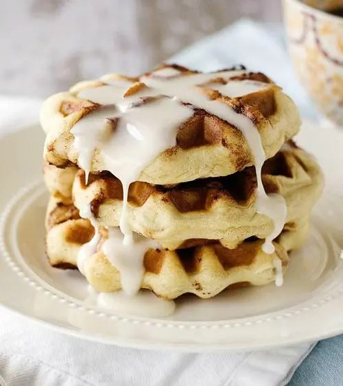 Cinnamon Roll Waffles with Cream Cheese Icing