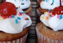 Recipe for Banana Split Cupcakes