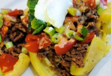 Recipe for Mexican Stuffed Potatoes - No taco shells in the pantry? How about stuffing a potato with all your favorite taco ingredients?