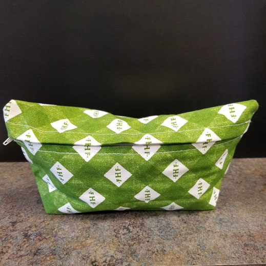 Farmhouse Fresh Green Mack-up Bag