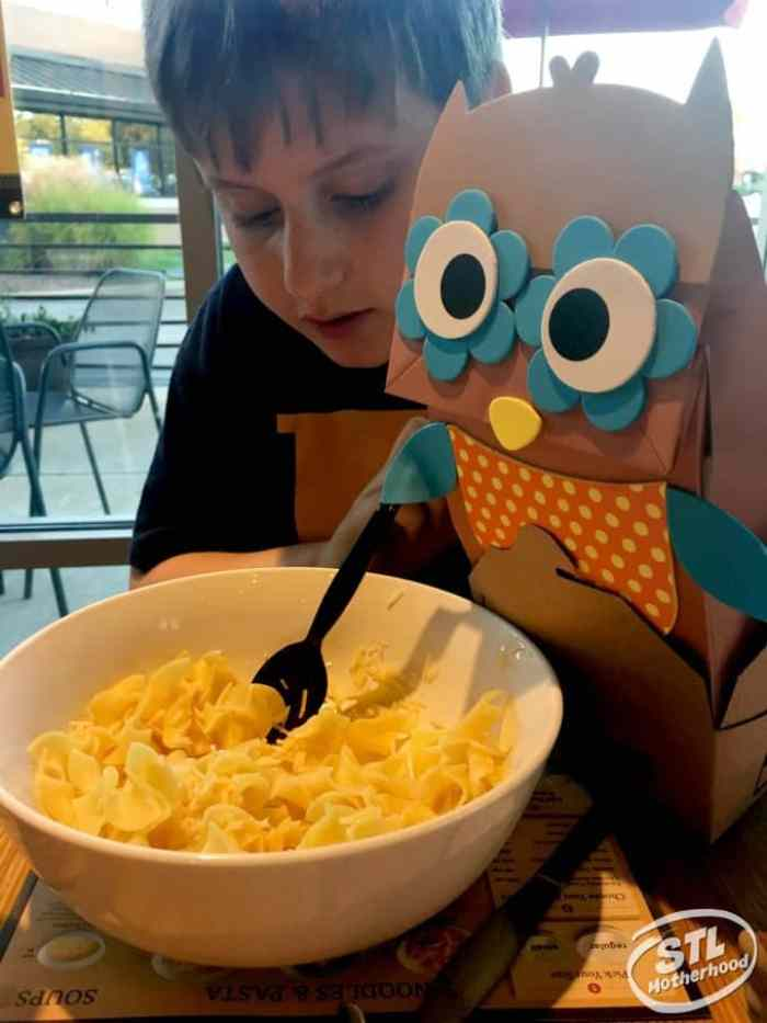Noodles and Co kid friendly Mac and Cheese