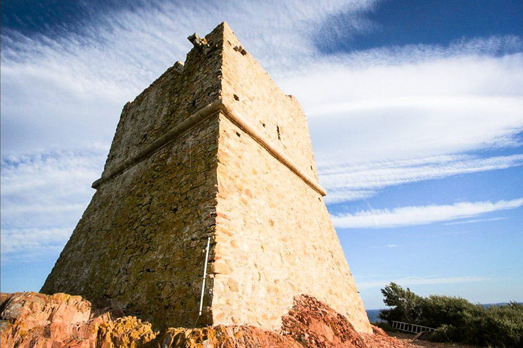La tour génoise de Pinarellu