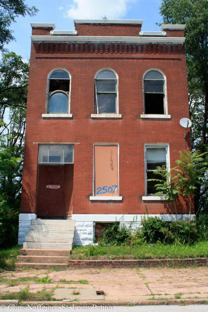 Copyright St. Louis Patina -8474