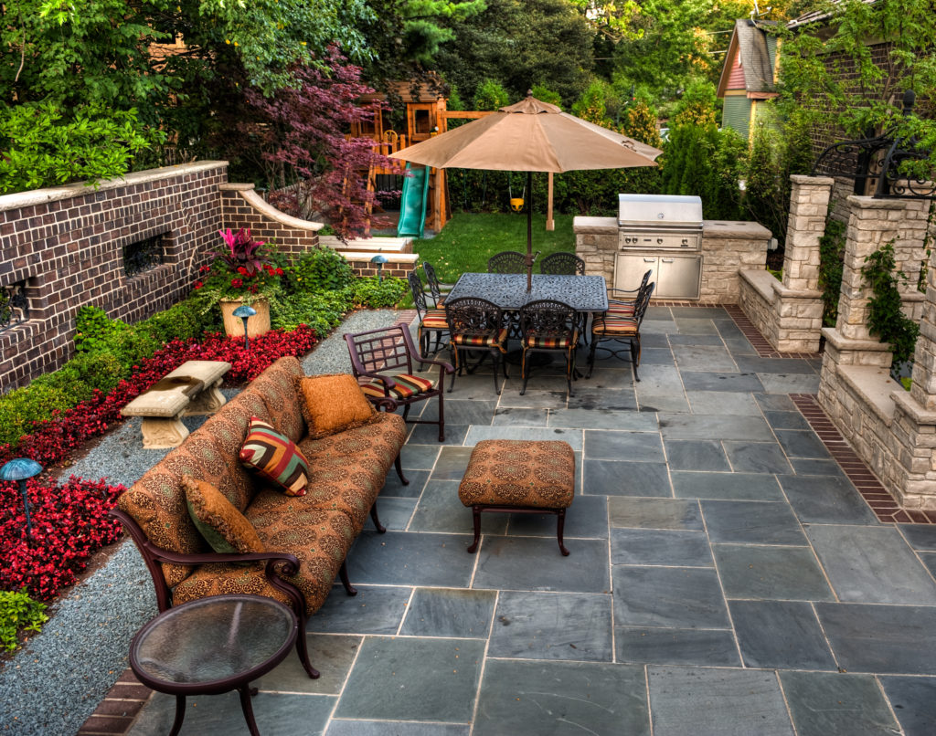 outdoor patio design using tile st