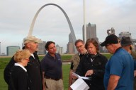 Planning the next shot, (l-r) Leisa Adkins, Dave Topping, Mike Haller, Rob Haller, William Macy, and David Adkins.
