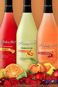 Arbor Mist Island Fruits, with an alcohol content of 6%, are available in 750 ml bottles retailing at a suggested price of $19.52 and at the same price point as the traditional Arbor Mist flavours.