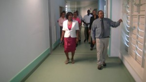 governor-general-tours-hospital