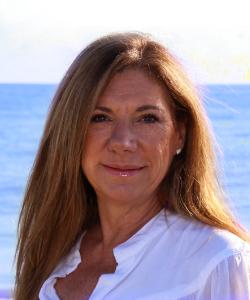 Donna Benton