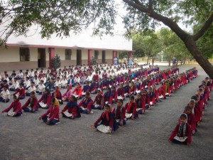 Schüler beim Yoga