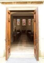 offene Kirchentür Stephanus