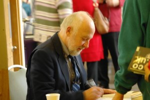 Marcus Borg signing books at the Autumn conference 2011