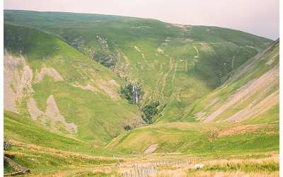 Walking Cautley Spout