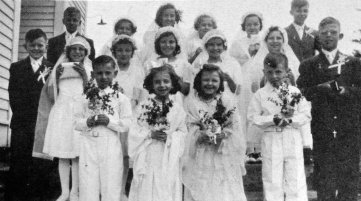 The St. Mary First Communion class of 1943.