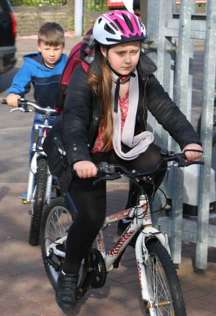 schoolbikers9
