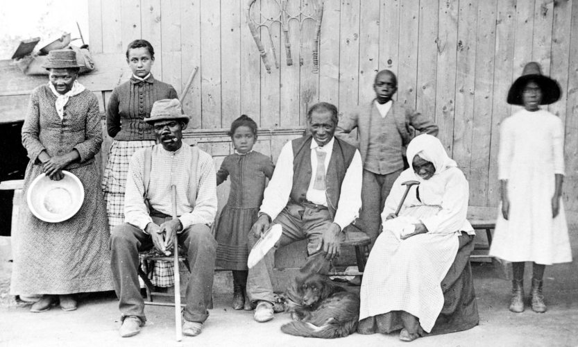 Harriet Tubman with family members and other rescued slaves. Courtesy of Wikimedia Commons.