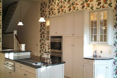 White Kitchen & Subway Tiles