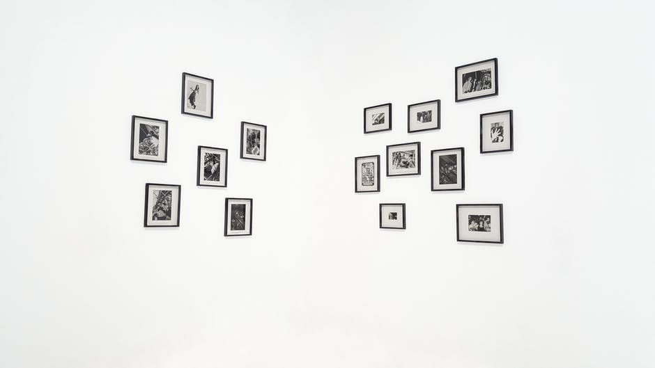 Perfectly CREATE A GALLERY WALL OF PICTURES IN NIGERIA in 5 Mins