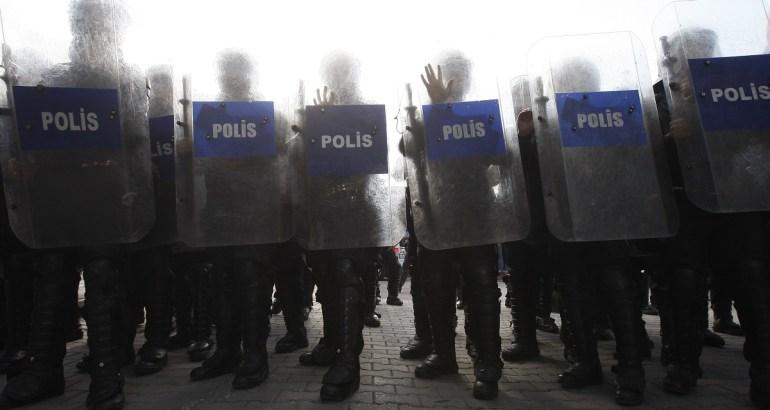 Turkish gov't suspends 9,103 more police officers in anti-Gülen witch-hunt
