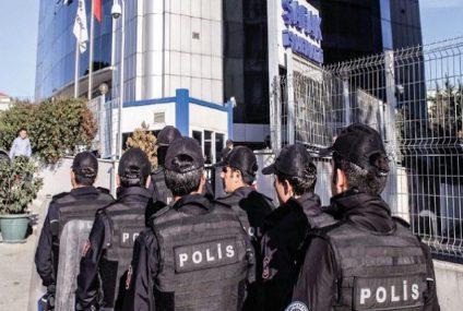 Turkish gov't issues detention warrants for 110 former employees of Kaynak Holding