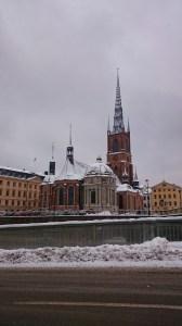 Кружевная церковь в Стокгольме под покровом снега