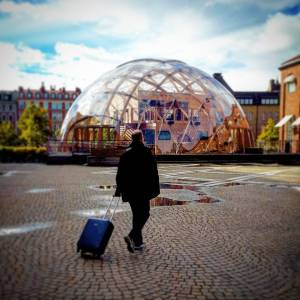Дом-шар из стекла в Стокгольме