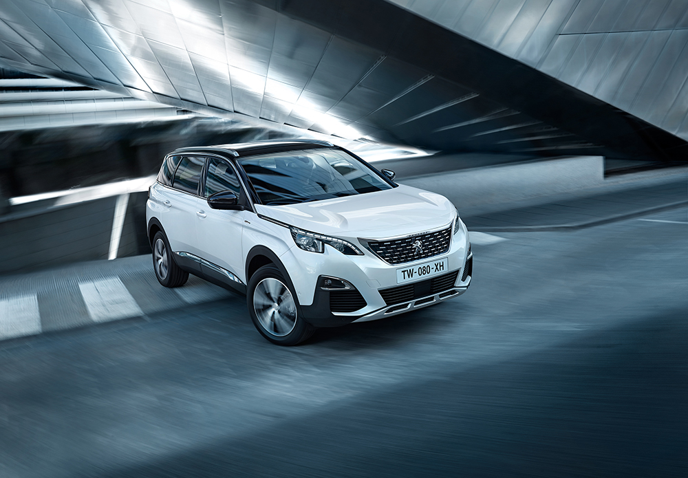 Jan Steinhilber shoots lifestyle images for Peugeots 5008