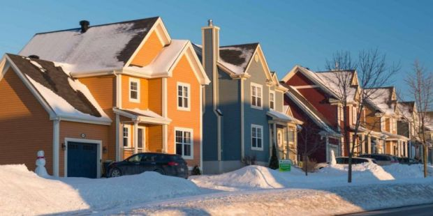Should you refinance to a 30- or 15-year mortgage during the pandemic?