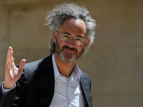 Palantir CEO Karp Discloses $10.3 Million Stock Sale. That's the Tip of the Iceberg.
