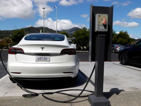 Tesla's Quarterly Report Notes a New Risk