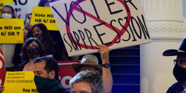 Texas Republicans moving voting restrictions toward holiday-weekend passage