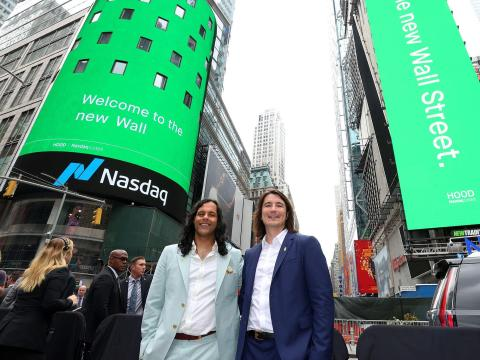 Robinhood Has the Worst Debut Ever for IPO of Its Size