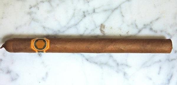La Colmena Amado No 36 by Warped Cigars