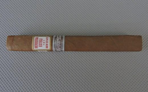 Drew_Estate_Herrera_Esteli_Box_Pressed_Toro_Corona_Cigar_Co_Exclusivamente