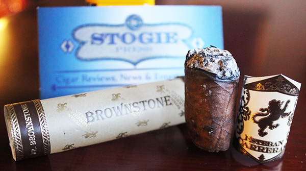 Esteban Carreras Mr. Brownstone Natural Toro Gordo