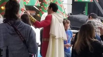 Zachary-Levi-Shazam-Set-Photo-F