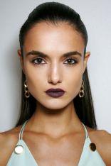 hbz-ss2016-trends-makeup-dark-lips-cushnie-et-ochs-bks-a-rs16-3227