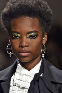 hbz-ss2016-trends-makeup-glitter-creatures-of-the-wind-gettyimages-487709202