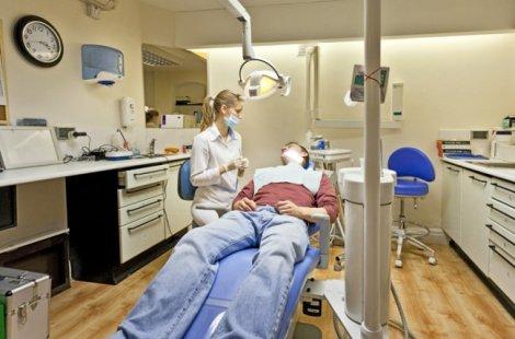 Допуск стоматолога к работе