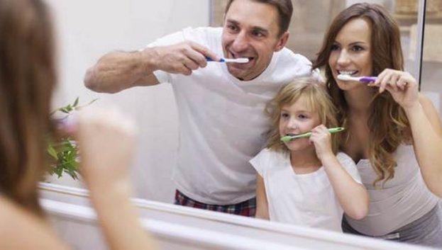 porodica pere zube