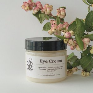 Royal Jelly Eye Cream