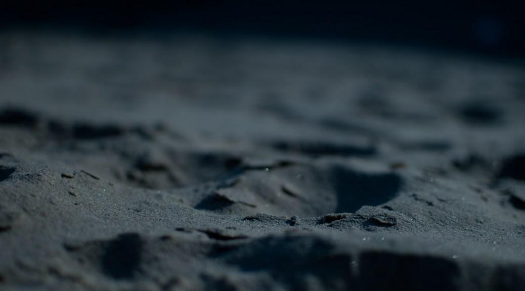 Skylit dark Sand
